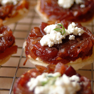 HHDD #15: Tartes Tatins of Caramelized Red Onion and Goat's Cheese