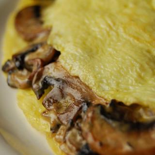 Breakfast #29: Creamy Mushroom & Onion Omelette