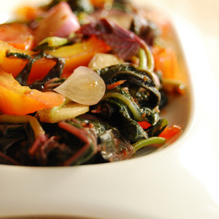 Ensaladang Talbos ng Kamote (Sweet Potato Leaves Salad)